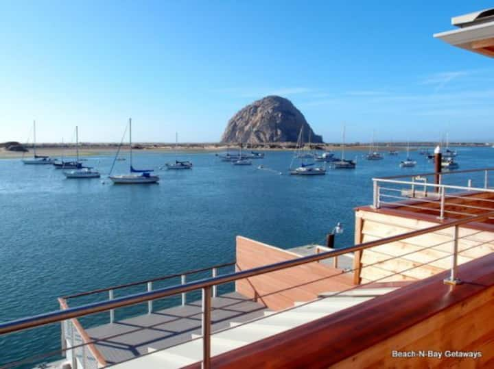 Amazing Views! Beautifully Furnished, Well-stocked Kitchen! HarborFront 2