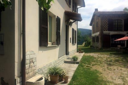 CàGrande intera casa con vista in Oltrepo' pavese