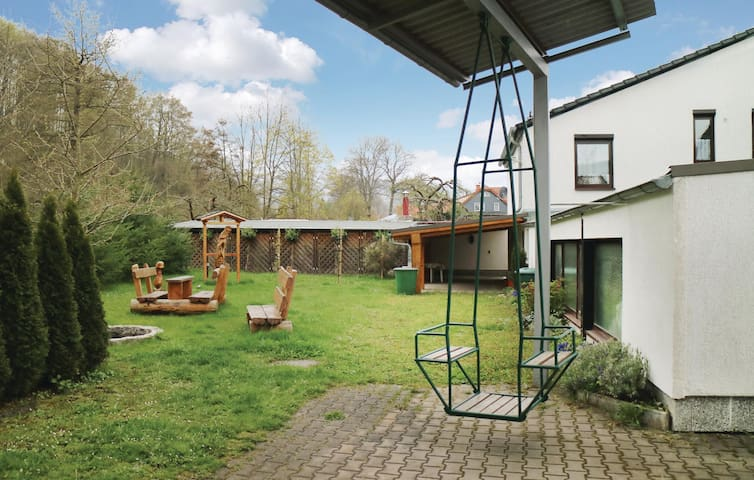 Holiday apartment with 4 bedrooms on 100m² in Geraberg