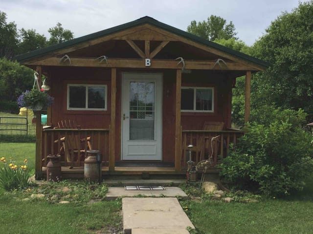 Spring Valley Bed & Bath Cabin B