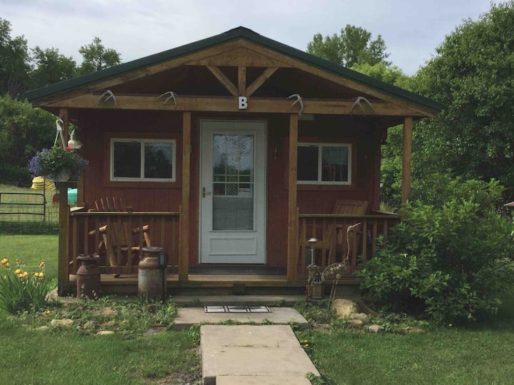 Spring Valley Bed & Bath Cabin B
