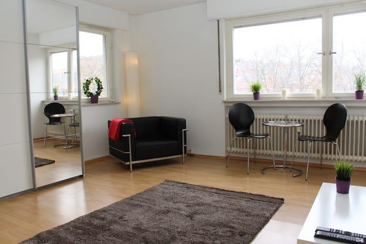 Komplett ausgestattetes Apartment mit Reinigung