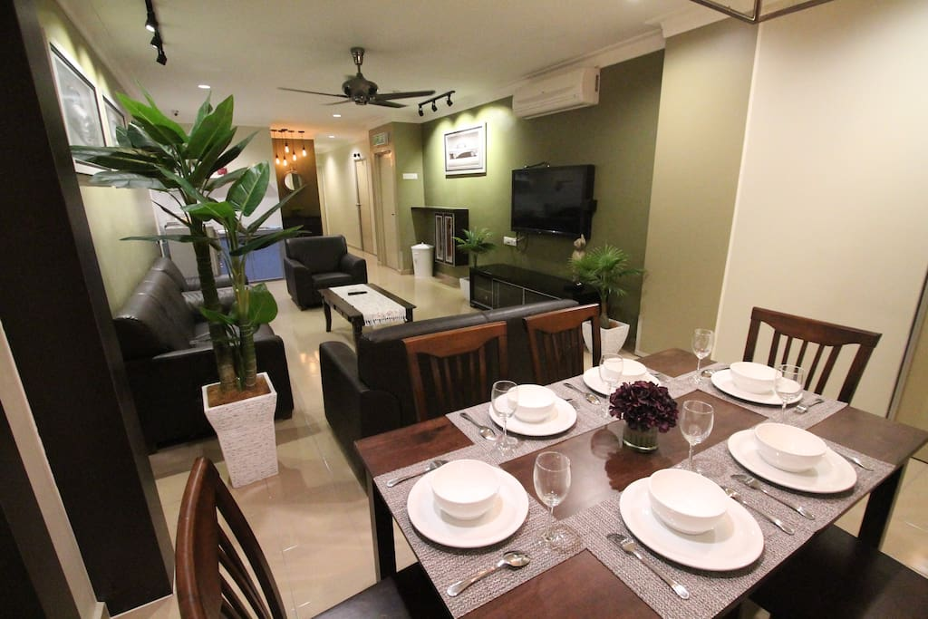 Dining and Living Hall (Photo 3/3)