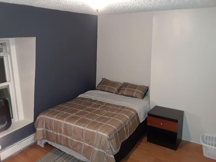 Your Easy Boston Area Access -Private Room