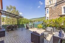 Ferienwohnung mit Moselblick und großer Terrasse