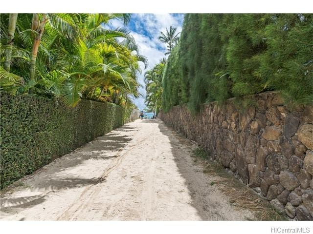 Lanikai Ohana Hale - Charming Cottage - Walking Distance to Beach