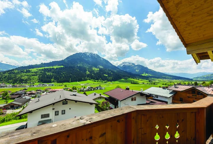 Sunny Tyrolean Apartment with Balcony Views