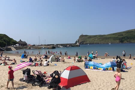 Family Home close to Beach & Shops - Port Erin