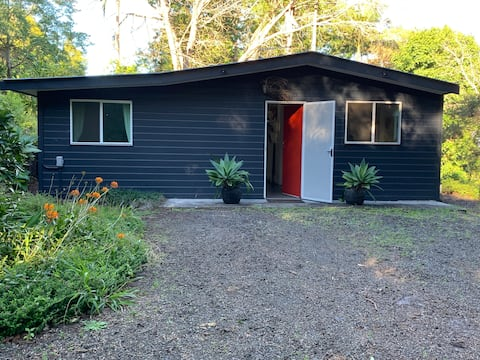 Country Cabin near Bangalow - Dog Friendly