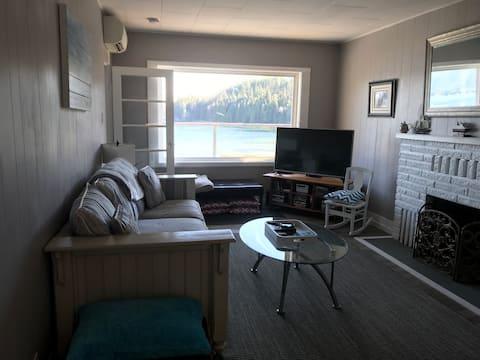 Private & Cozy Beach Cottage, Sunshine Coast PR