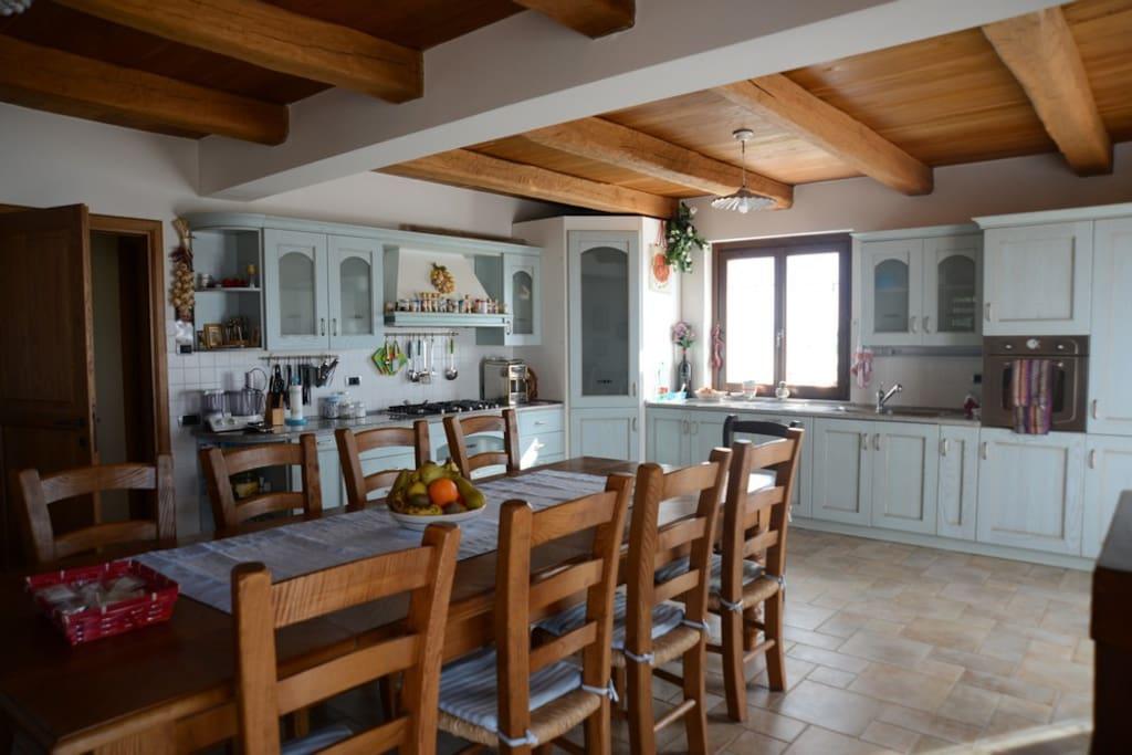 Colle delle Meraviglie - Kitchen