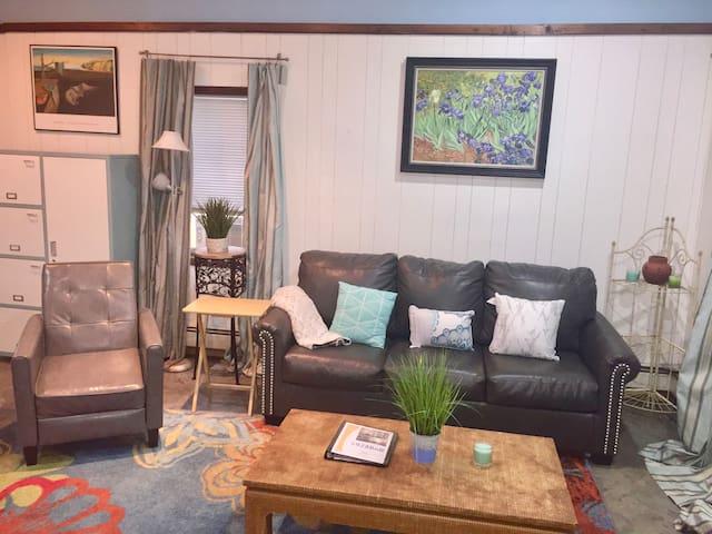 Private Studio in Private Home