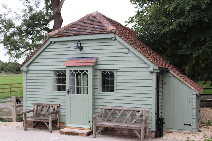 Romantic hideaway 30 mins from Oxford
