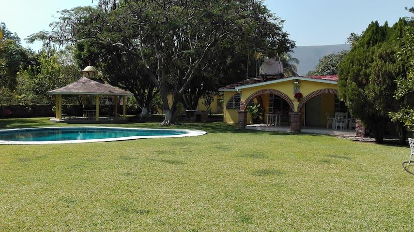 Quinta Risusil - Santa Rosa Treinta - Hus