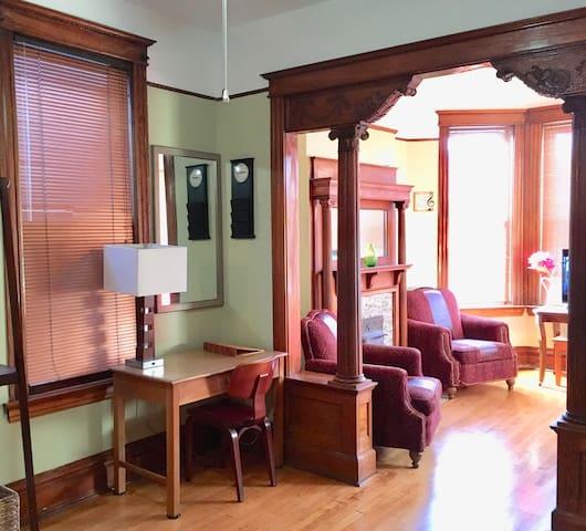 La Casa Antigua (Vintage Villita). Old world charm