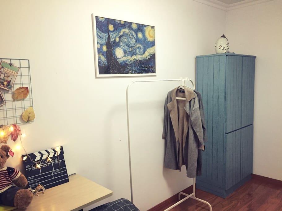 你猜地中海蓝的柜子里有什么