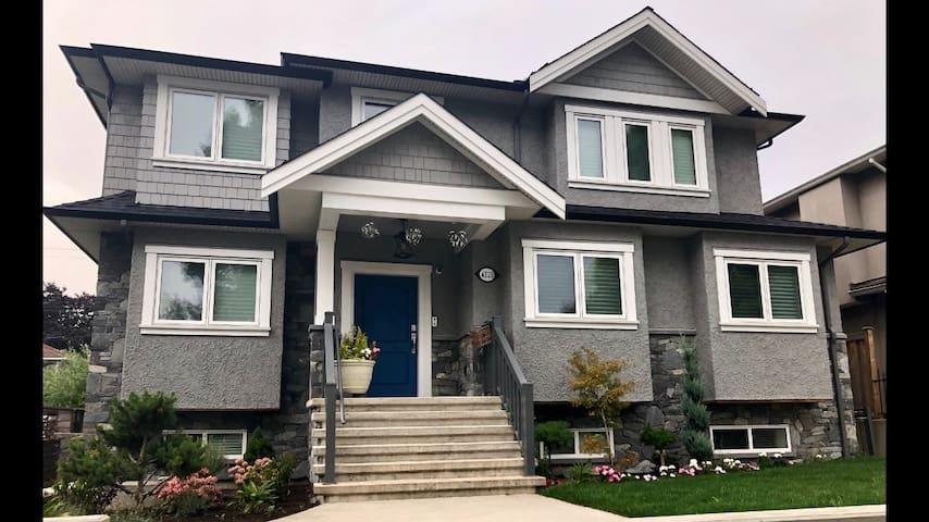2 Bedroom Suite in Burnaby Heights - Brand new