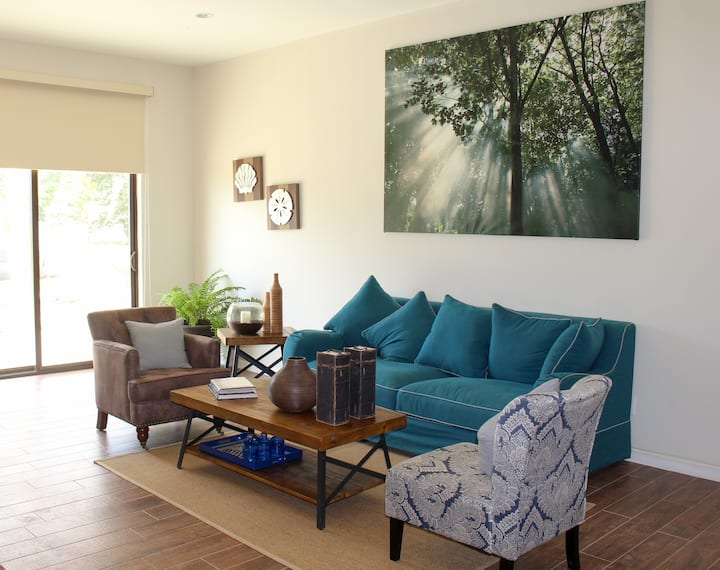 Beach Condo - 2 Bdrms + 2 bath (A-21)
