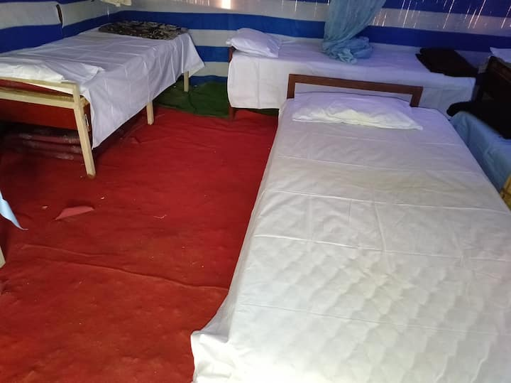 6 Bed Mixed Dorm