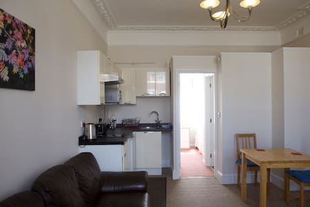 Self contained ground floor flat - Southampton - Apartment