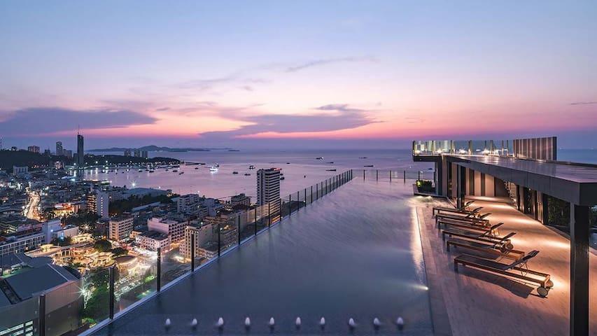 网红打卡/无边泳池/the base碧水蓝天 Pattaya高楼层 seaview 无敌海景b30