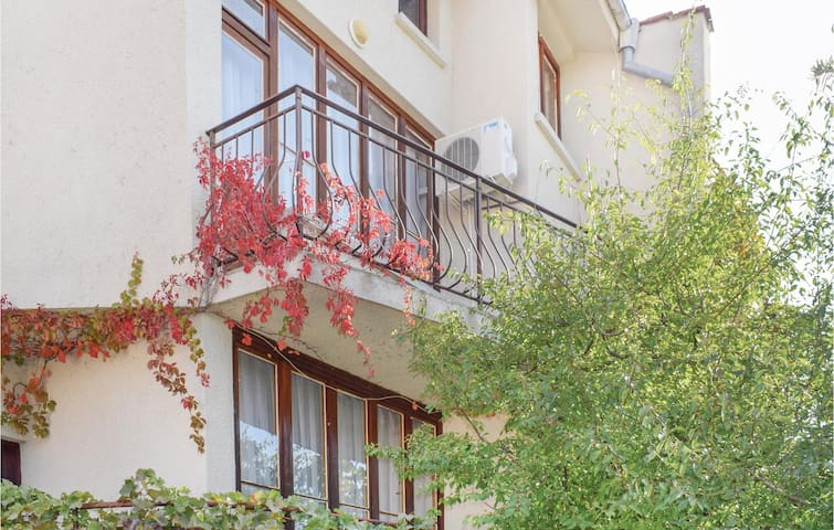 Holiday cottage with 6 bedrooms on 200m² in Sunny Beach