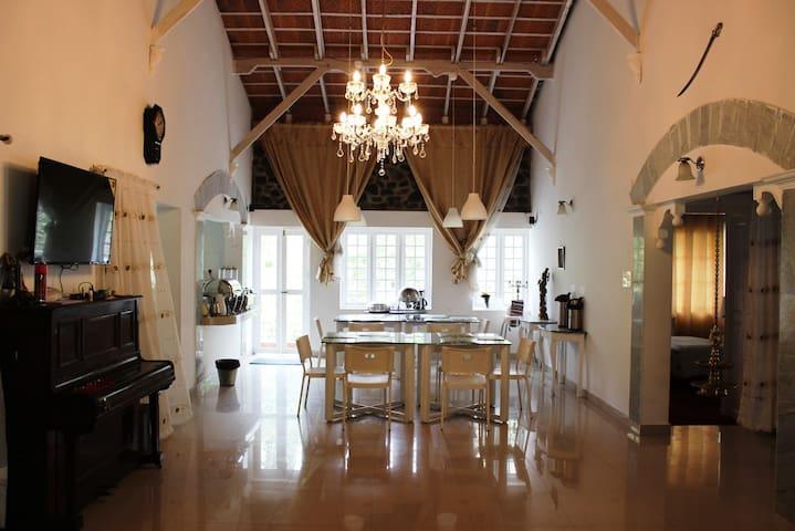 Charming room with attic access - Kodaikanal