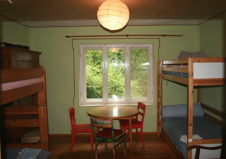 Jugendzimmer, Kommune, Bio Hof, Öko Haus, Eco, HGW