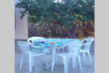 Appartamen. in Villa Anna-Agrigento - Zingarello