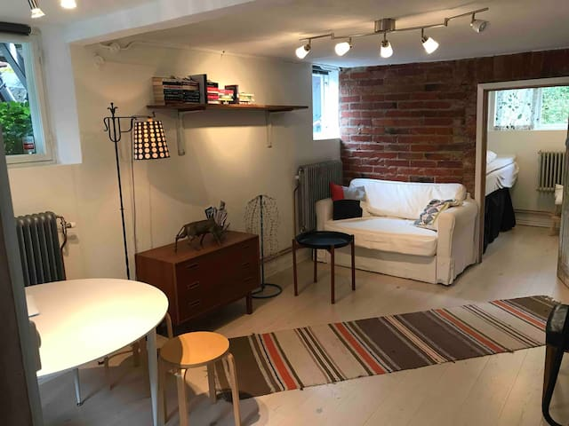1 bedroom apartment in 1930's house