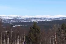 Utsikt mot Røros. View towards Røros.