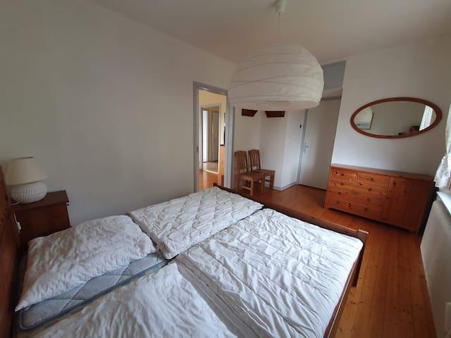 Schlafzimmer 1 / Sovrum 1 / bedroom 1