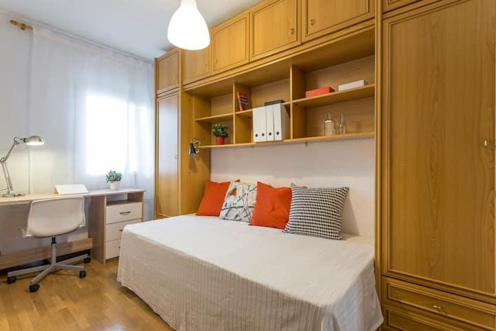 Habitación coqueta y comoda WIFI