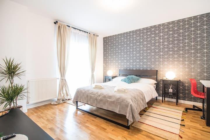 Stylish Double Room - Ficusului ApartHotel  Room 3