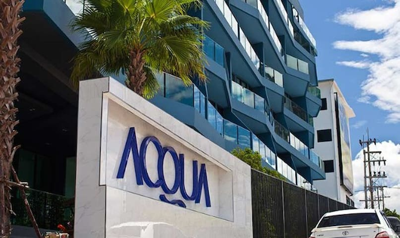 AQUA luxury resort 1BD 46 m  sea vi - เมืองพัทยา