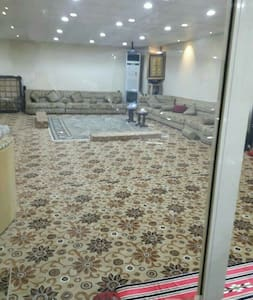 Large guest hall - مكة
