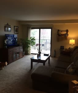 Spacious quiet retreat in Allentown - Allentown - Apartament