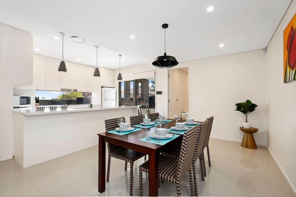 Open Plan Kitchen/Dining