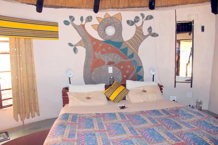 Mashovhela Bush Lodge - Standard:Chalet 5