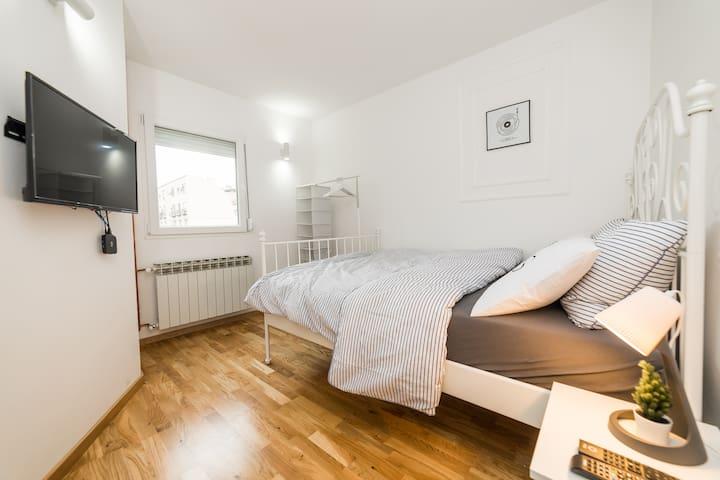 DEGO-L Torino room