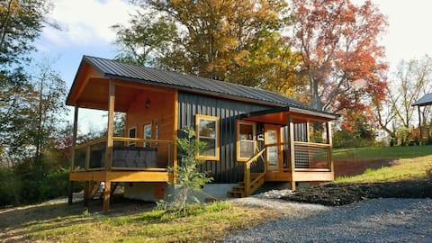 """Bear Haven"" Tiny Cabin at Cozy Creek Village"