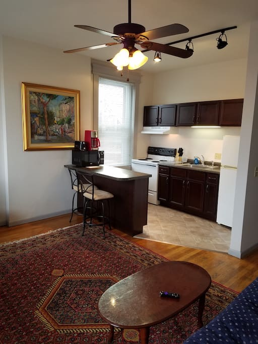 Charming 1 Br With Balcony In Clifton Gaslight 6 Apartments For Rent In Cincinnati Ohio