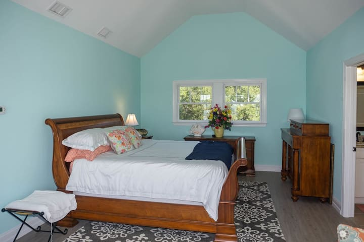 The Master Suite is upstairs and is ....MASTERFUL!!