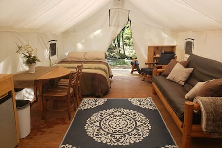 Riverside Retreat Glamping