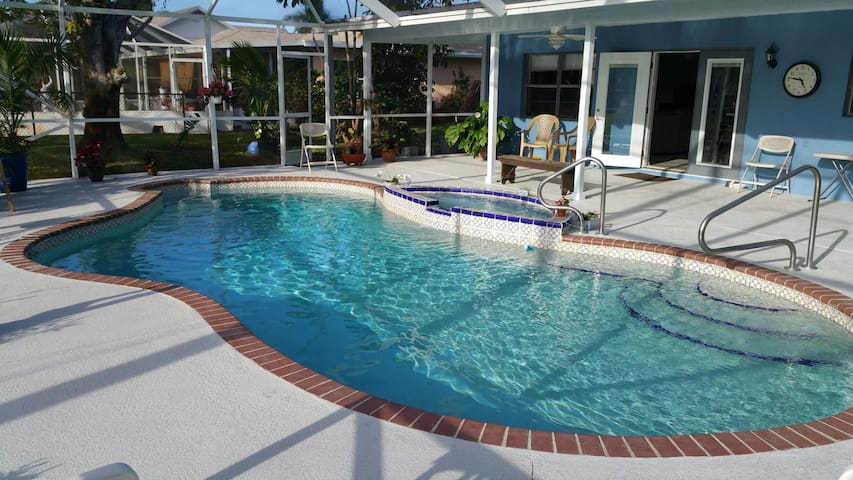 Pool house near beaches - Port Saint Lucie - Haus
