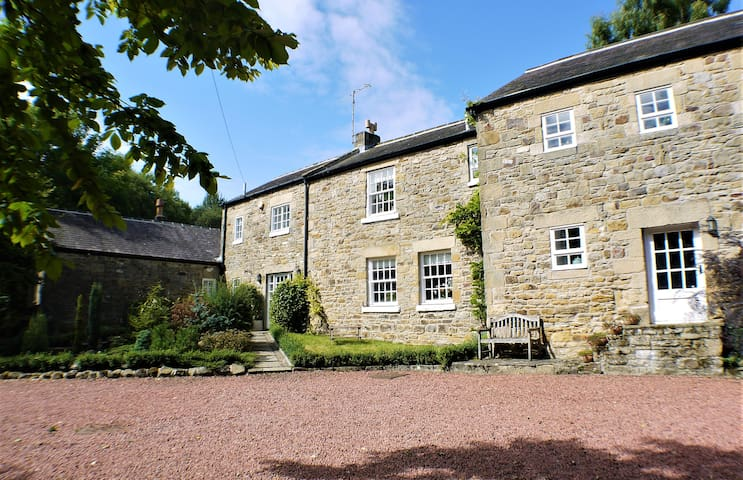 Hallington Mill, Delightful Spacious 6 Bed Retreat