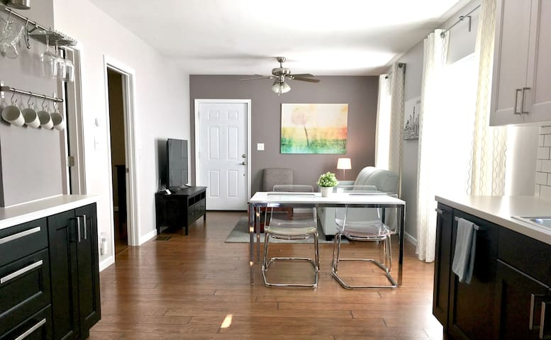 ★Upscale House★ 2BD | Broad Ripple | Spotless