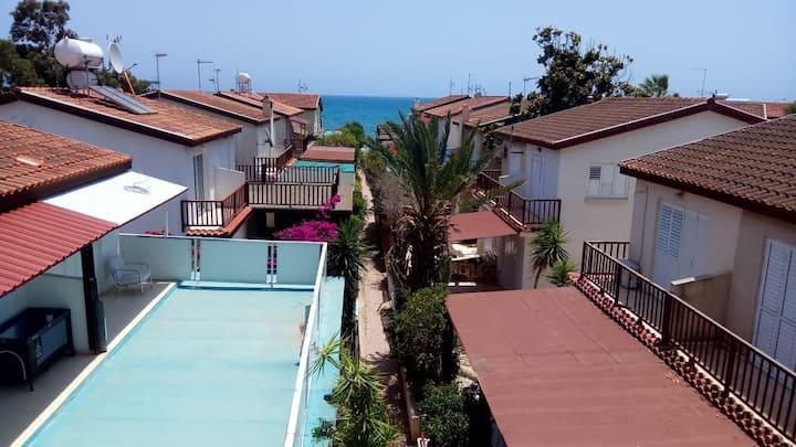 Spiros Seaside Villa 11