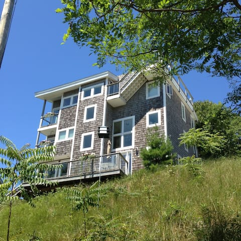 Five Mile Hill Retreat - Grand Haven - Appartement