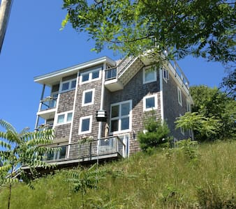 Five Mile Hill Retreat - Grand Haven - Apartment